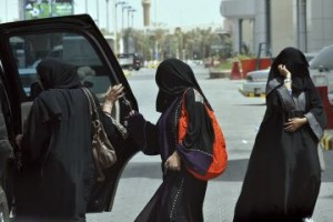 saudi_arabia_women_driving_ban_17_06_11
